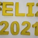 feliz 2021-oro